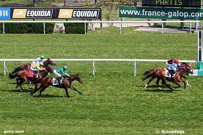 22/04/2010 - Saint-Cloud - Prix du Béarn : Arrivée
