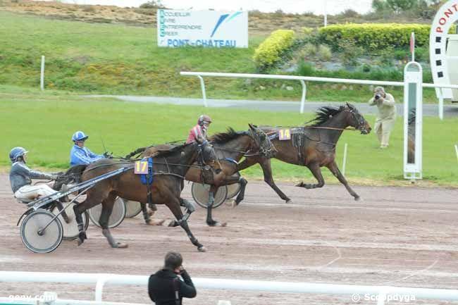 18/04/2012 - Pont-Château - Grand Prix du Conseil Régional des Pays de la Loire : Arrivée