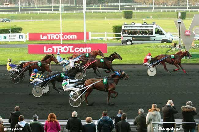 26/12/2015 - Vincennes - Prix de Strasbourg : Arrivée