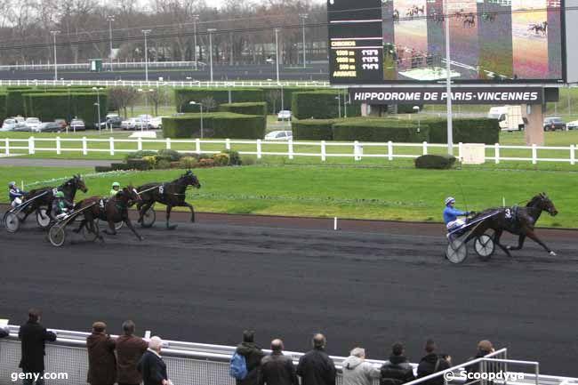 23/12/2011 - Vincennes - Prix d'Amboise : Arrivée