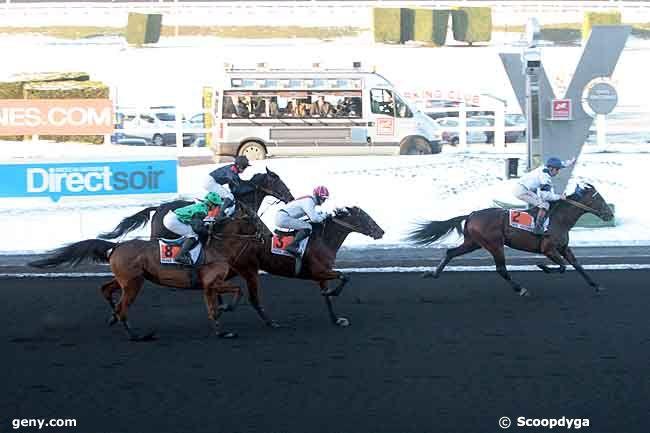 25/12/2010 - Vincennes - Prix Jules Lemonnier : Arrivée