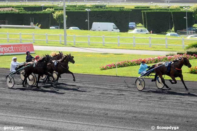 11/06/2010 - Vincennes - Prix Titania : Arrivée