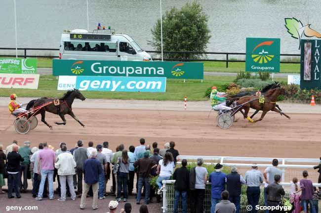 09/06/2010 - Laval - Prix geny.com - Paris-Turf : Arrivée