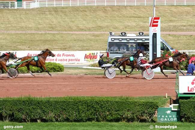 10/08/2015 - Enghien - Prix d'Excideuil : Arrivée
