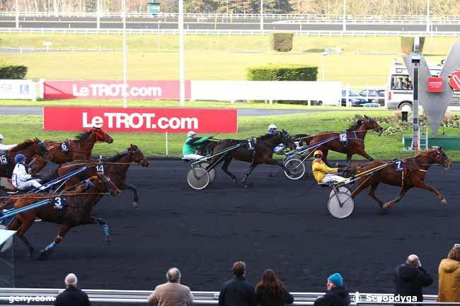 05/01/2017 - Vincennes - Prix de Châtelguyon : Arrivée