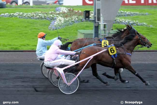 12/12/2009 - Vincennes - Prix Paris Turf (Prix du Bourbonnais) : Arrivée