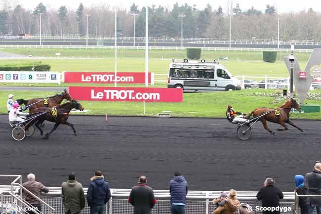 01/01/2016 - Vincennes - Prix du Croisé-Laroche : Arrivée