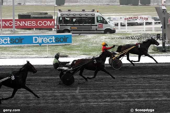 07/12/2010 - Vincennes - Prix de Saint-Jean-de-Monts (gr A) : Arrivée