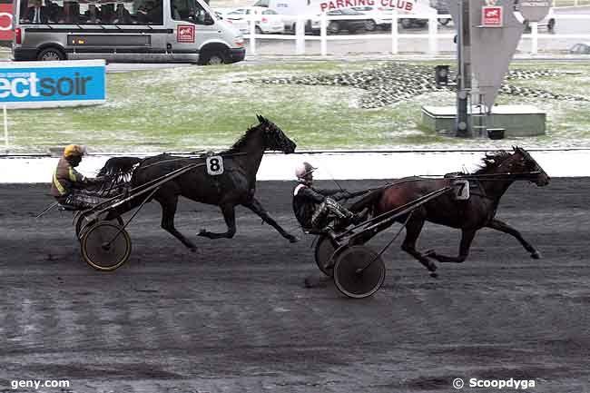 07/12/2010 - Vincennes - Prix de Saint-Jean-de-Monts (gr B) : Arrivée