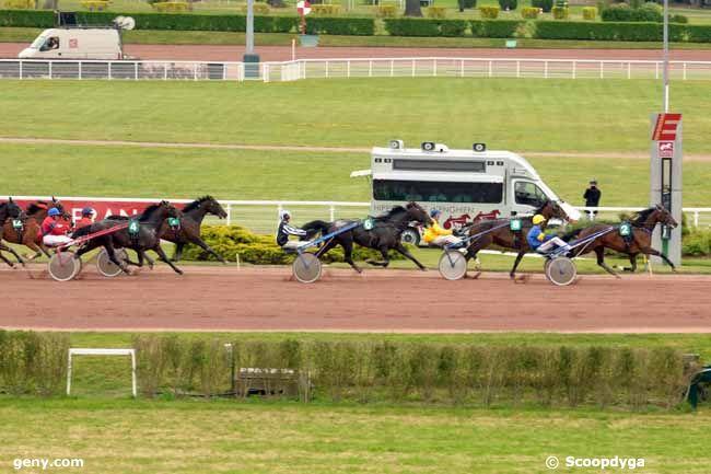 29/05/2010 - Enghien - Prix de l'Obélisque : Arrivée