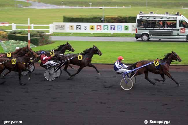 08/12/2011 - Vincennes - Prix de Blois : Arrivée