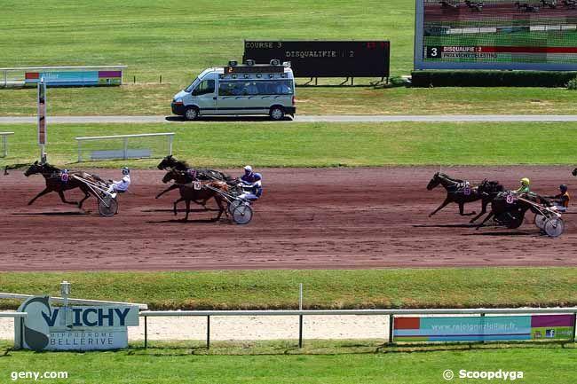 04/06/2015 - Vichy - Prix Vichy Célestins : Arrivée