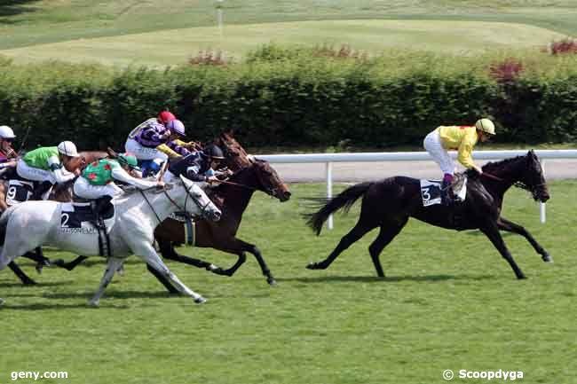27/04/2011 - Maisons-Laffitte - Prix du Rond Boileau : Arrivée