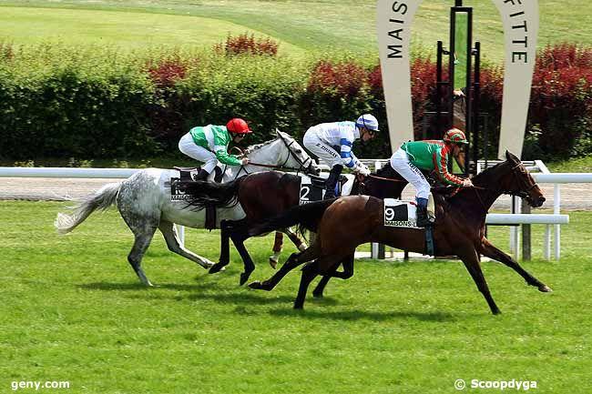 03/05/2011 - Maisons-Laffitte - Prix des Ecuries du Château : Arrivée