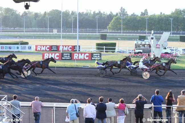 05/06/2015 - Vincennes - Prix Titania : Arrivée