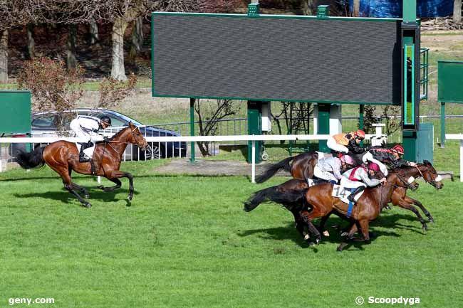 17/03/2019 - Saint-Cloud - Prix de Provence : Arrivée