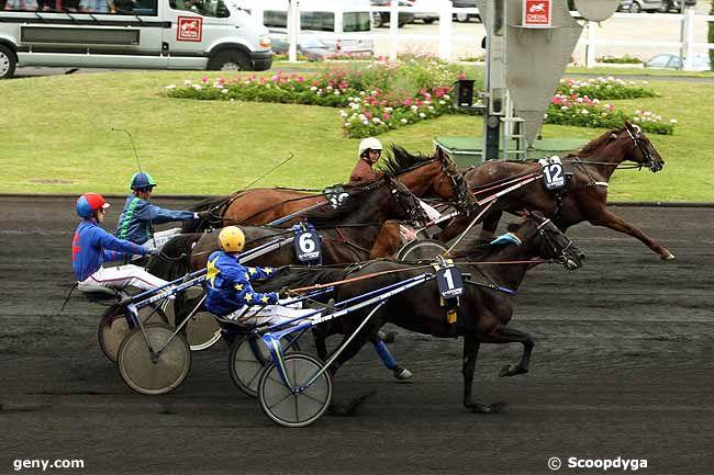 11/06/2011 - Vincennes - Prix de Villeneuve-sur-Lot : Arrivée